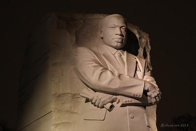 2013-0324e-WashDC-MLK-Memorial